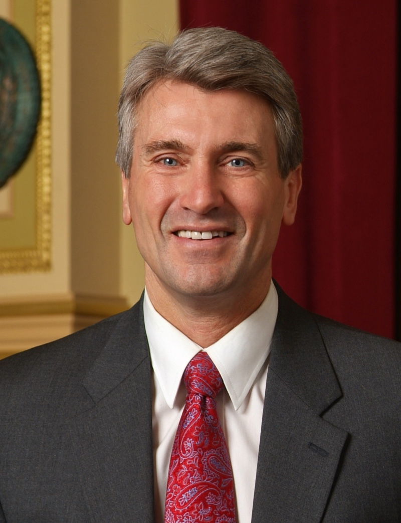 R.T. Rybak, Chair